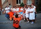 Люди в белых халатах также инфицированы футбольным настроением:)